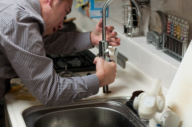 Know the importance of the plumber in the construction of house